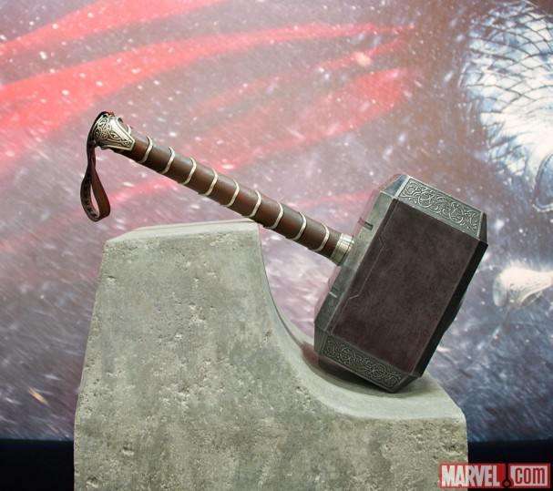 Thor: The Dark World - Thor's Hammer, Mjolnir