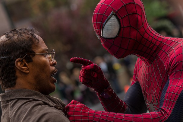 The Amazing Spider-man 2 - Spider-man and Electro (Jamie Foxx)