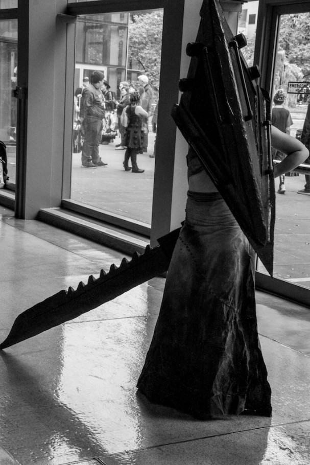 Emerald City Comic-Con (2015) cosplay. Photo by Richard Gray for Behind The Panels
